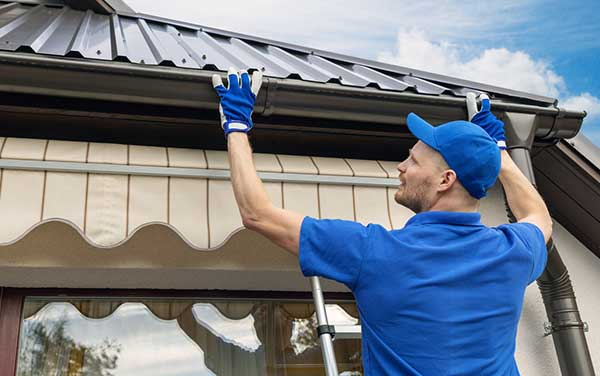 How To Fix Your Guttering Problem Of Kitchen And Bathroom