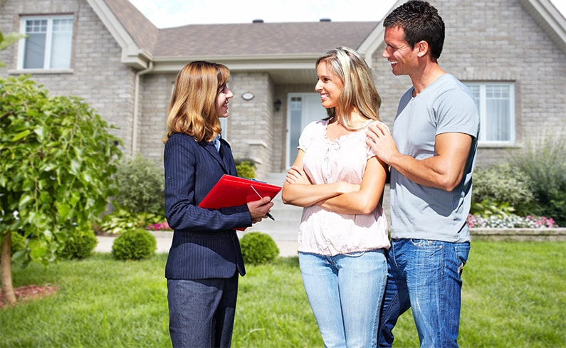 what is a real estate agent